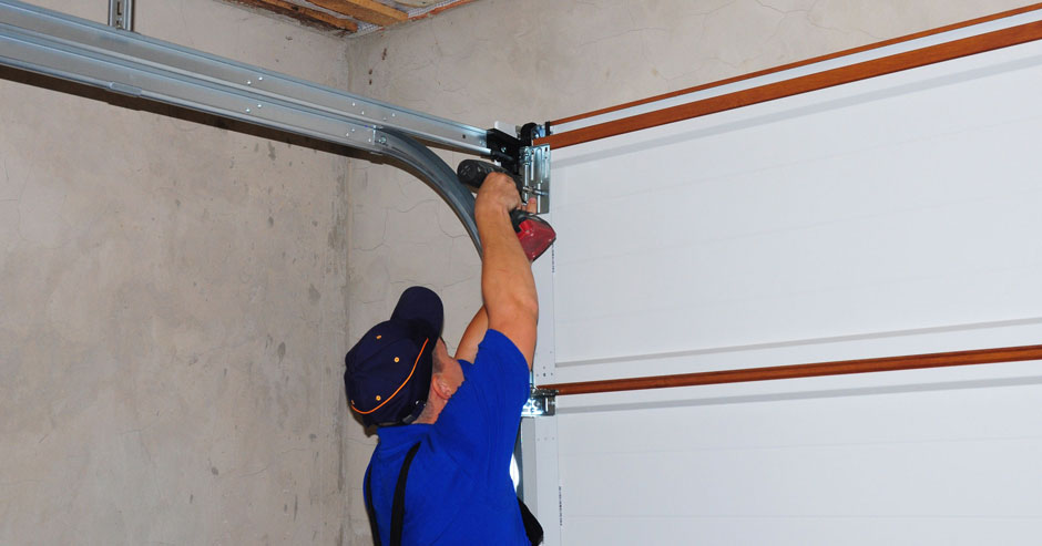 Garage Door Expert In Dewitt New york